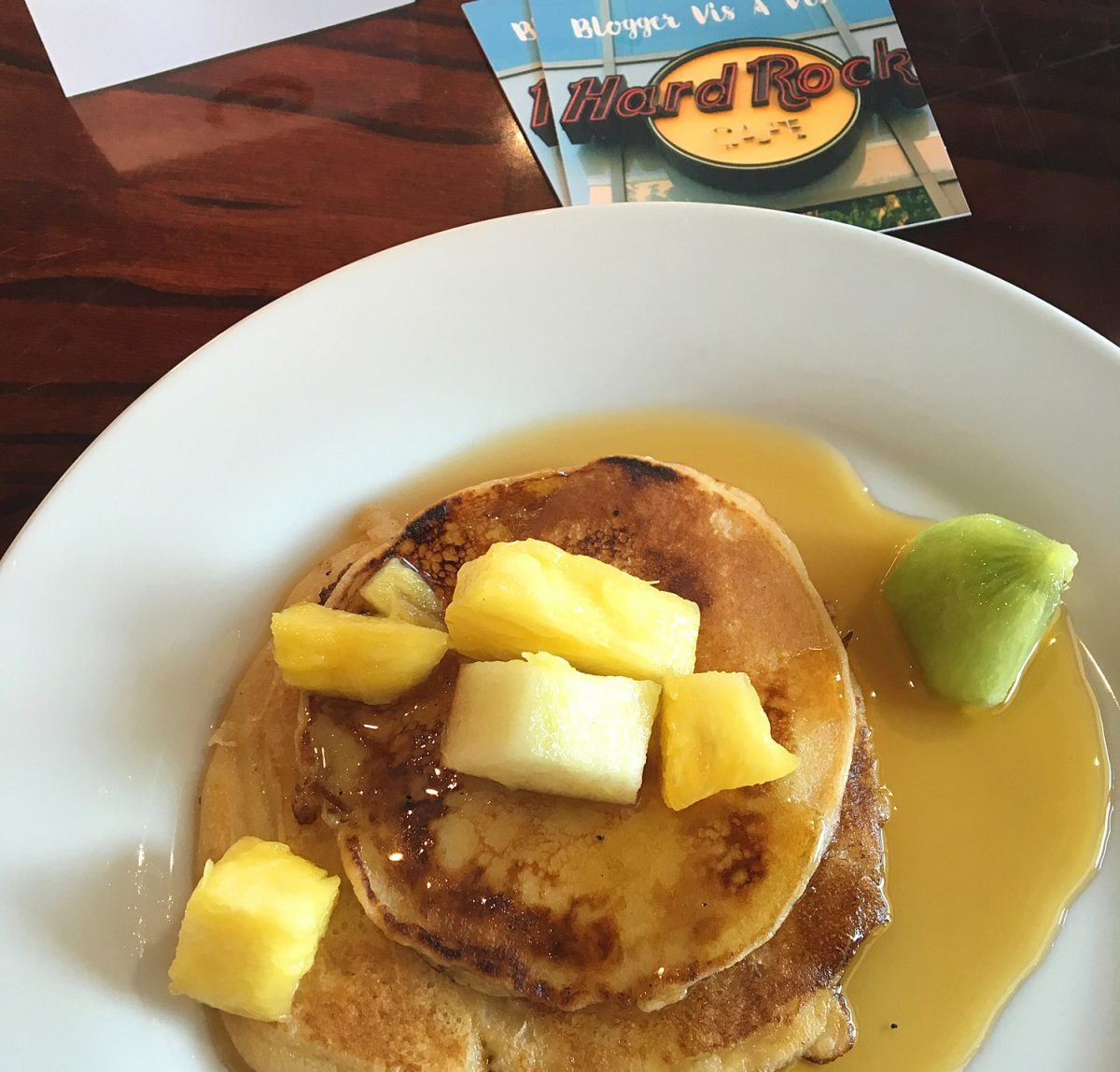 Blogger vis a vis im Hard Rock Cafe Köln Pancakes