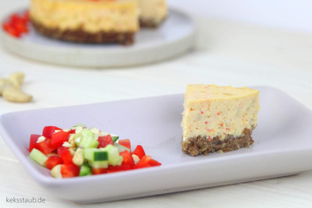 Herzhafter Paprika Cheesecake mit Cashewkernen