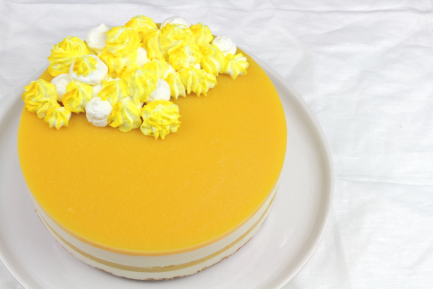 white-chocolate-cheesecake-mit-pfirsichpueree-inklusive-thermomix-anleitung