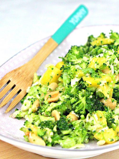 Brokkoli-Mango-Rohkostsalat-aus-dem-Thermomix