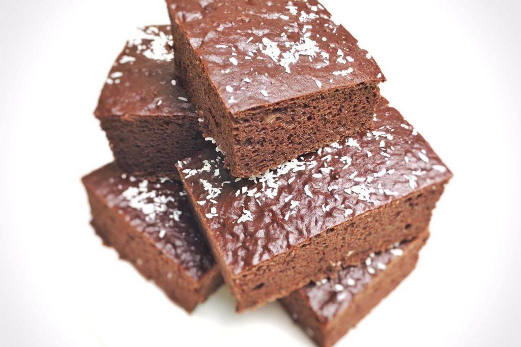 Gastkrumel Low Carb Brownies Aus Kindneybohnen Keksstaub De