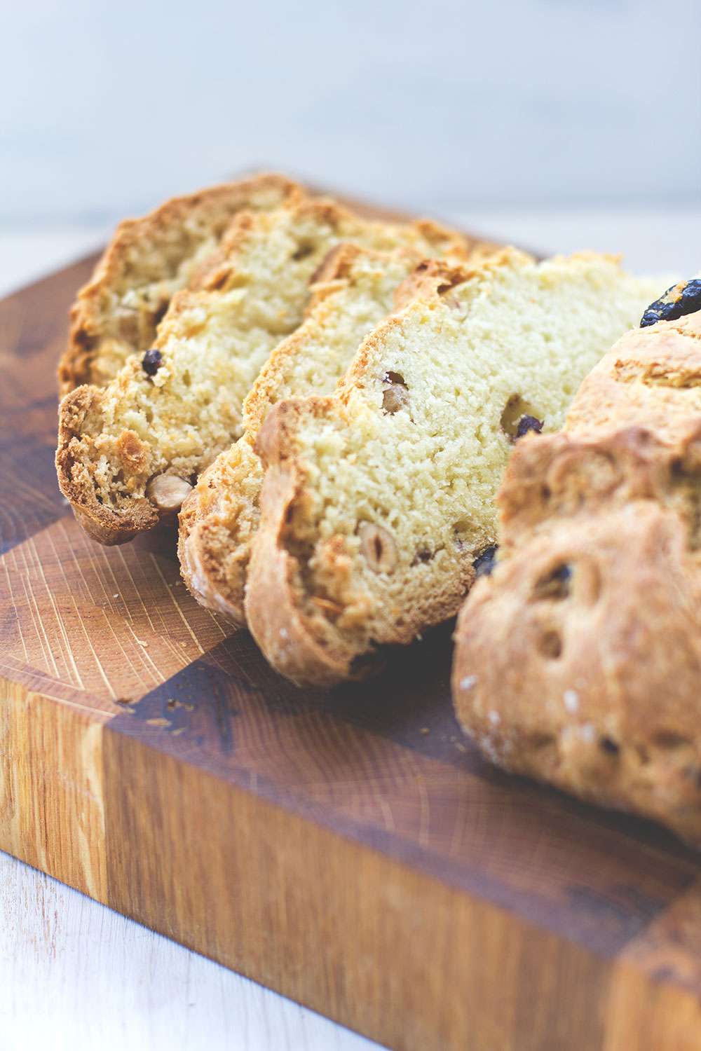 irish Fruit and Nut Soda Bread moeyskitchen
