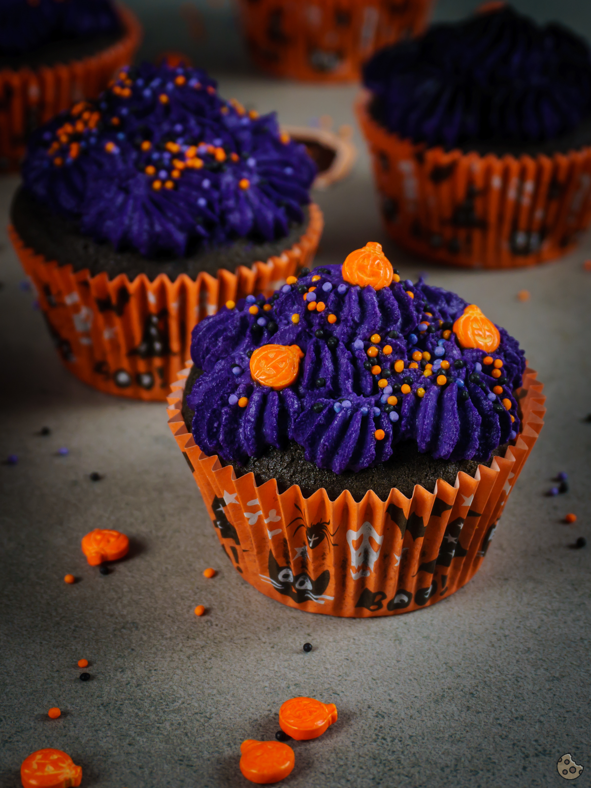 halloween muffins dekorieren simple aber dieses mal mit. Black Bedroom Furniture Sets. Home Design Ideas