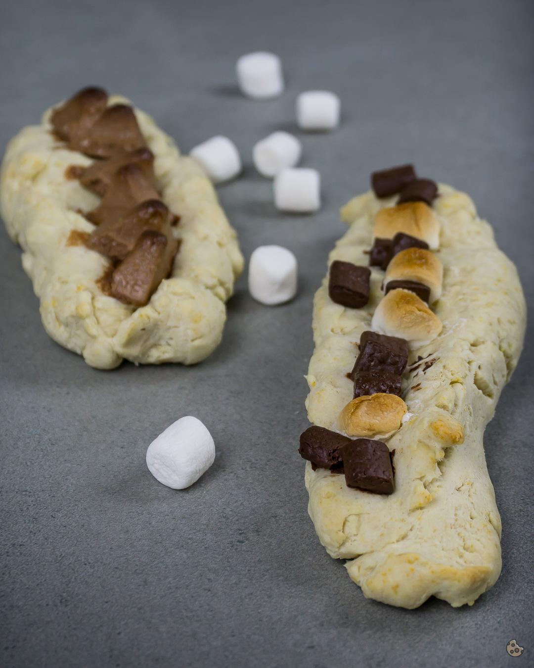 Brotschiffchen als Grillbeilage süß und herzhaft von keksstaub